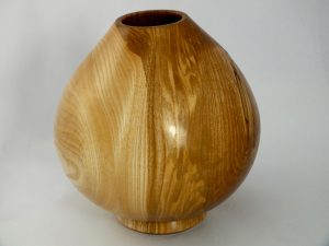 Hollow form 140mm x 130mm∅